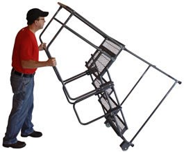 4 Step Tilt & Roll Ladder,Perforated Treads